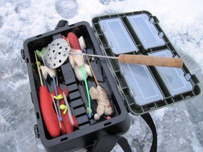 Ящик на льду