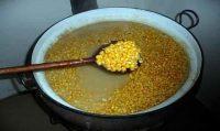 Запаренная кукуруза