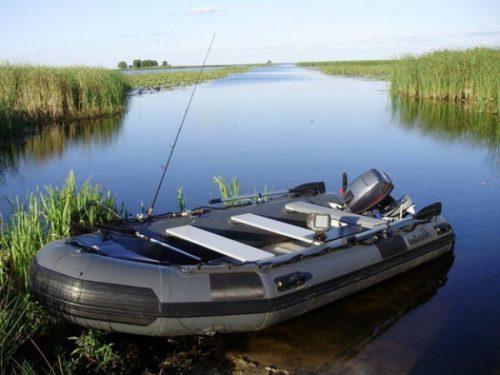 Надувная лодка